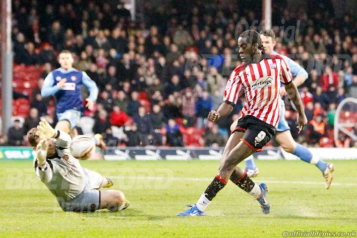 16:32:28 Walsall Clayton Donaldson