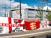 13-06-20 - Lionel Road Flags