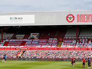 26-06-20 - Griffin Park Flags